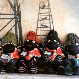 【素敵な作家さんシリーズ】momochaさん☆★靴下で作るアニマル!ソックモンキー&布小物ベビースタイ\