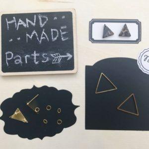 【ハンドメイド無料レシピ】 三角 パーツ !簡単3分♪三角がいっぱい!ピアスの作り方\