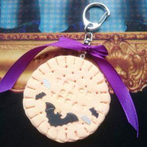 樹脂粘土とクッキー型で♪trick or treat!ハロウィンなバッグチャームを作ろう!【ハンドメイド無料レシピ】\