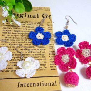 かぎ編みとレース編みの違い!レース編みで作るお花のピアス♪編み方解説【ハンドメイド無料レシピ】\